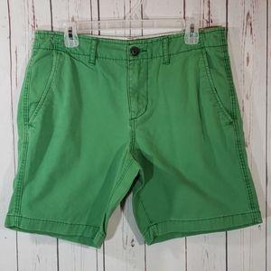 American Eagle green chino shorts 32